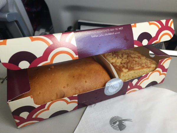 snacks qatar airways
